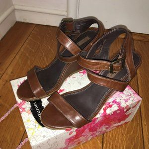 Zara Brown Leather Ankle Wedges